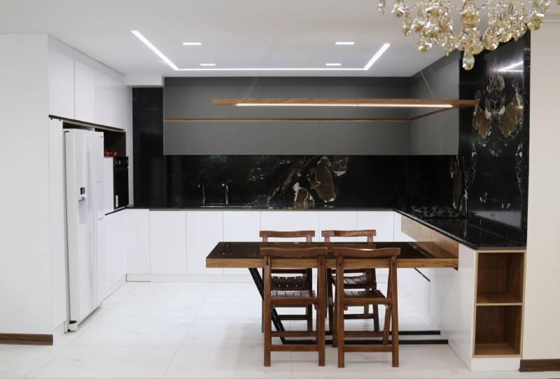 خدمات ساخت کابینت لوکس آشپزخانه